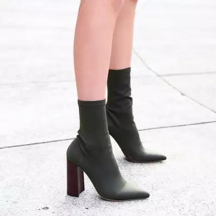 Black Pointed-Toe Mid-Calf Chunky H..