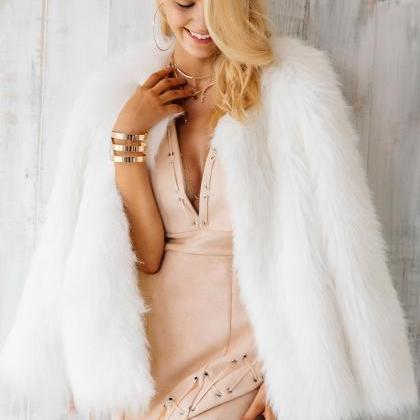 Chic White Faux Fur Winter Coat