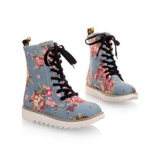 Beautiful Floral Design Martens Boo..