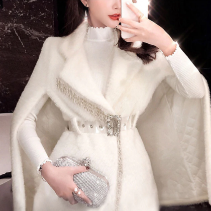 White Elegant velvet Faux Fur Winte..