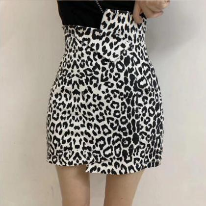 Zebra and Leopard Print Black and W..