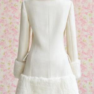Fitted Long Sleeve White Coat with ..