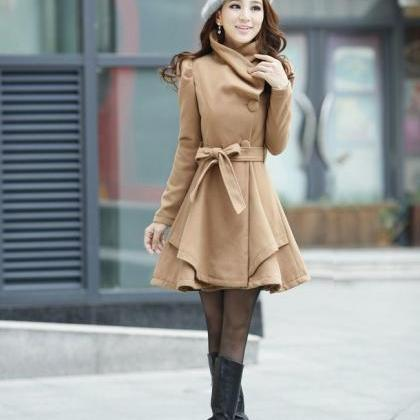 Beautiful Pleated Light Brown Winte..