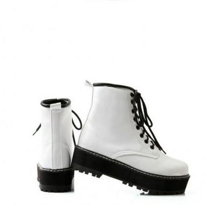 Lace up Ankle Boots in White, Black..