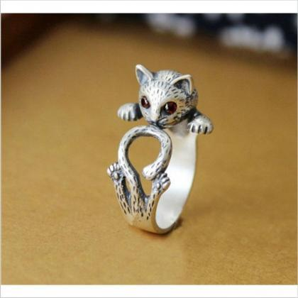 Cat Animal Ring with Red Jewel Eyes..