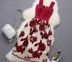 Red Floral Lace Desi..