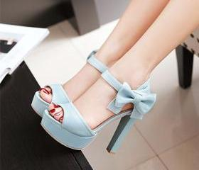 Stylish High Heel An..
