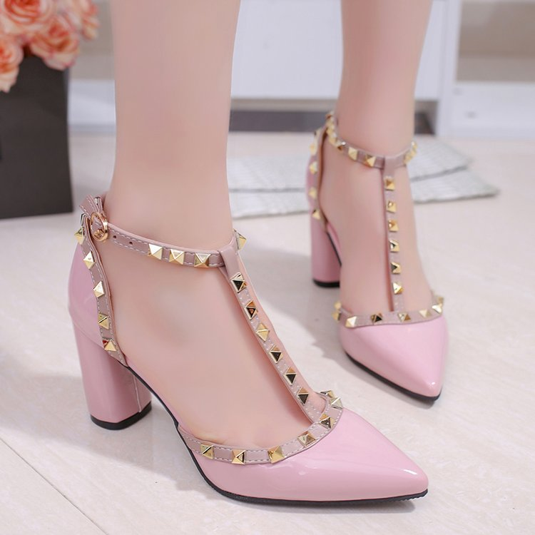 Sexy Pointed Toe Rivets High heels Fashion Shoes