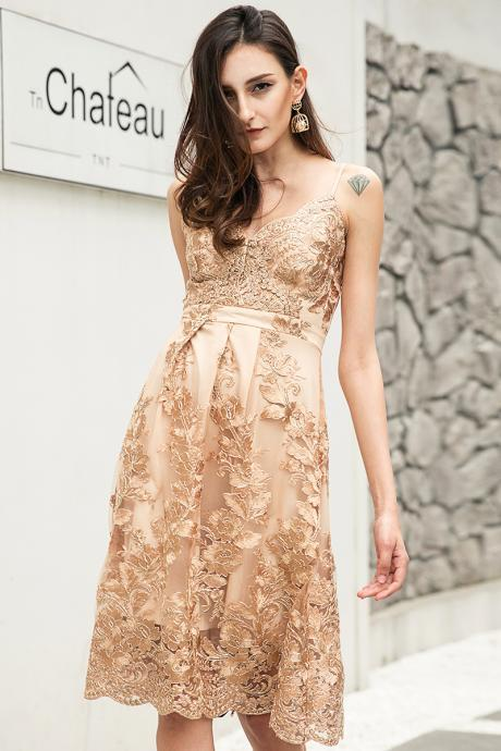 V neck Lace Golden Dress