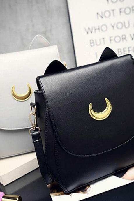 Adorable Moon Bag in Black and White