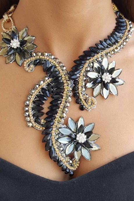 Crystal and Rhinestone Beaded Floral Statement Necklace