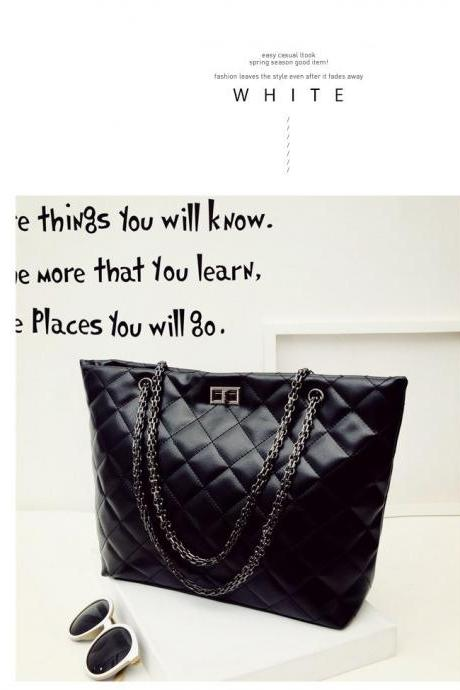Chic Chain Strap Handbag