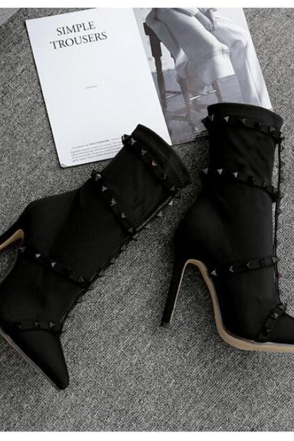 Rivet Pointed Toe Side Zip Ankle Boots