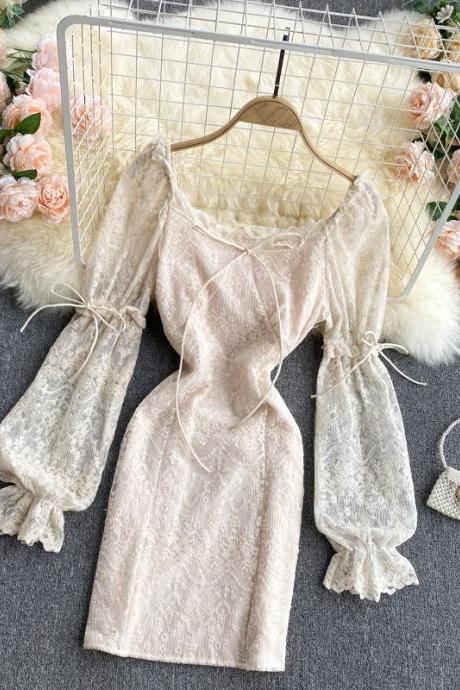 Beautiful Vintage Retro Lace Long Sleeve Dress