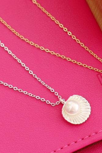 Mermaid Pearl necklace in Silver and Gold