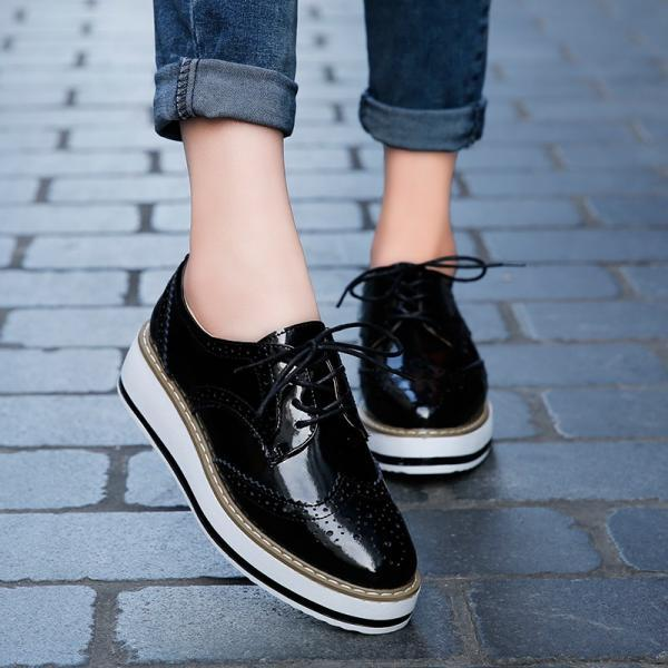 Women Platform Oxfords Brogue Patent Leather Flats Lace Up Shoes