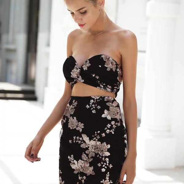 Sequined Lace Cropped Black Dress
