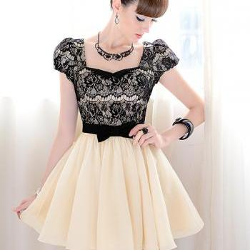Lace and Bow knot Design Puff Sleeve Dress