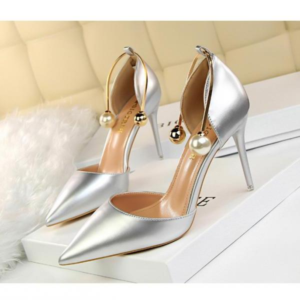 Classy Pointed Toe High Heels Fashion Shoes