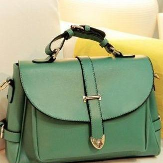 Beautiful Vintage Style Green Fashion Bag