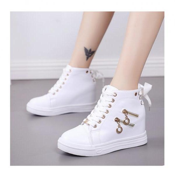 Chic High Top Casual Shoes in Black and White