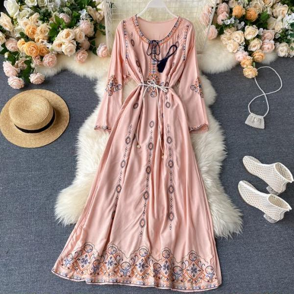 Boho Vintage Embroidery Long Sleeve Dress