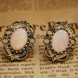 Vintage Design Rhinestone Earrings