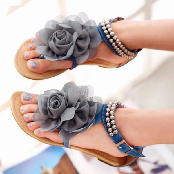 Rose Flat Sandals with Ankle Straps Adorned with Beads