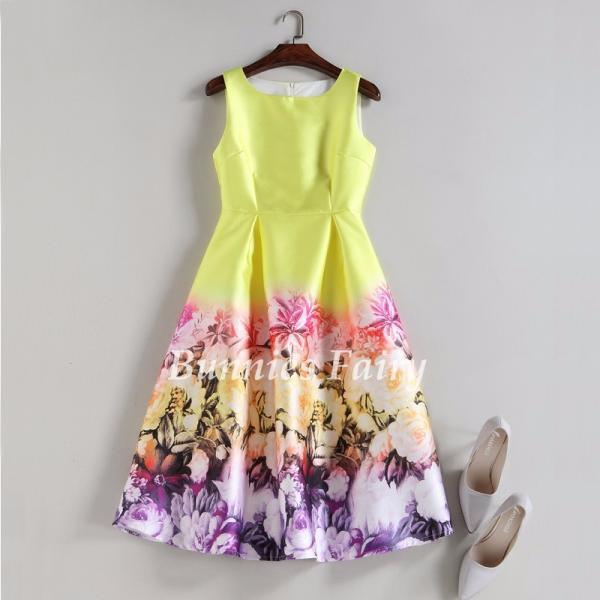 Vintage Fantasy Sleeveless Floral Print Spring and Summer Dress